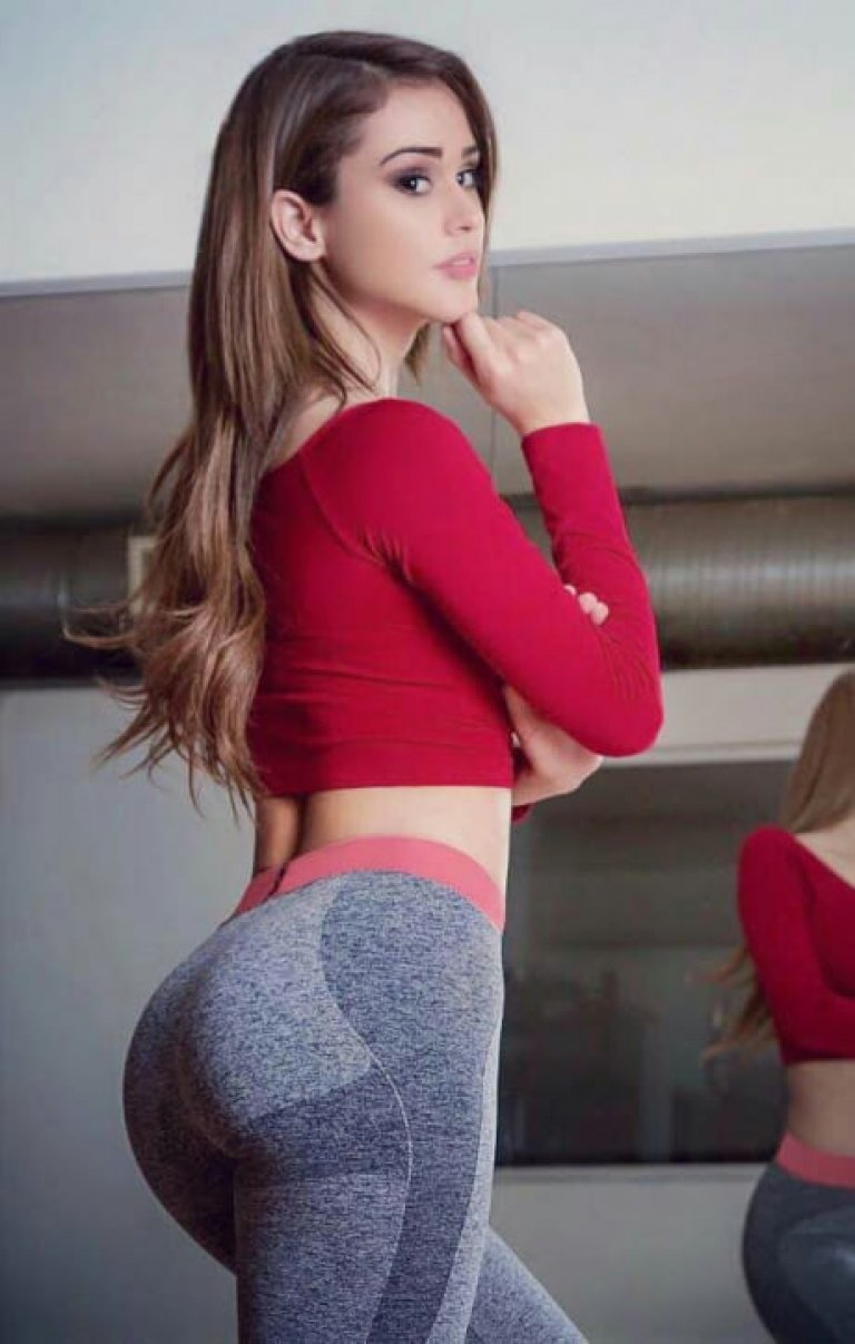 Cute chick Dani Daniels sheds spandex clothing to fuck in pink leg warmers № 632250  скачать
